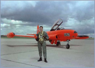 1958 Red Knight T-33 color theme